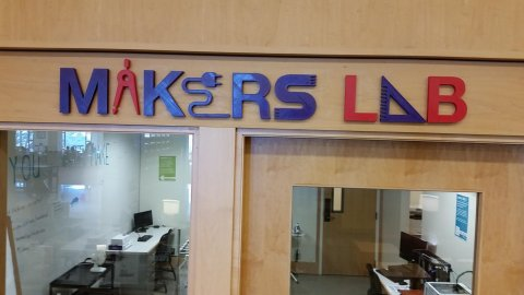 Makers Lab sign